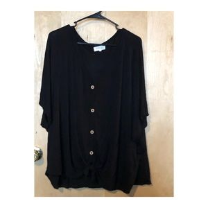 Black Relaxed Fit Button Fromt Tee
